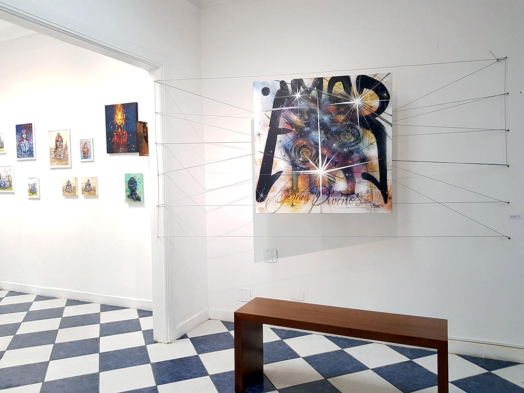 Exposição de grafite de Anjo TK na galeria da Gare Escola de Artes Criativas e Design