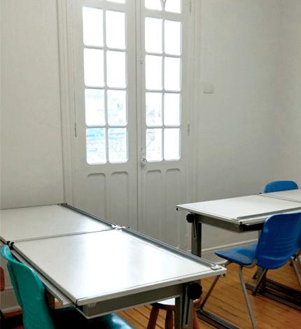 Sala 02 – Piso Superior com Varanda