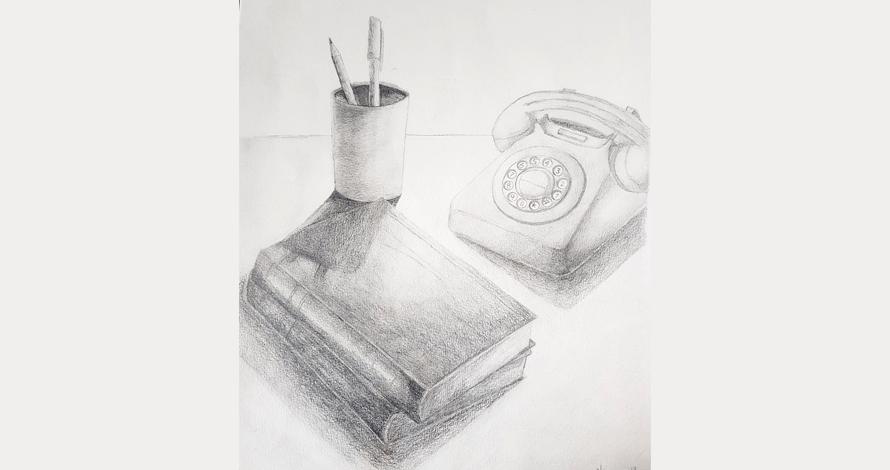 desenho de observação composição telefone e livro